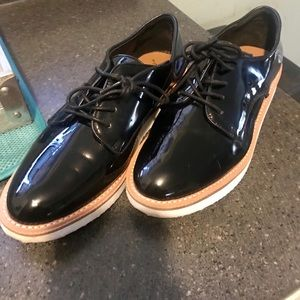 Shoes - Patent leather casual shoe